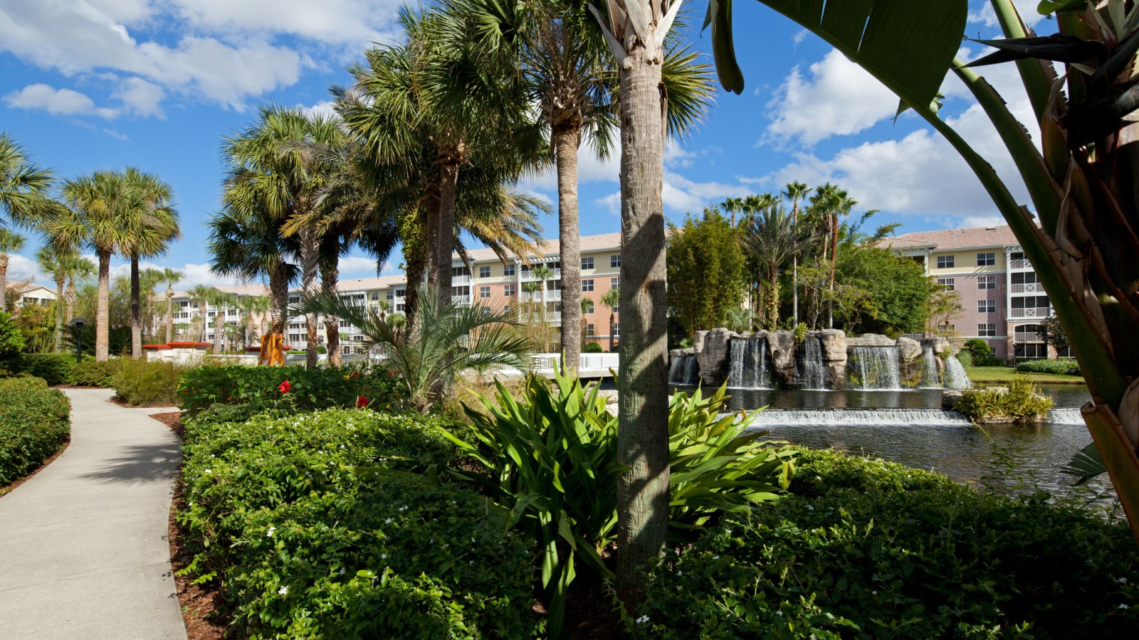 Complimentary Parking at Sheraton Vistana Villages Resort Villas, I-Drive/Orlando